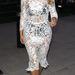 Kim Kardashianon viszont soha nem lehet elegáns egy csipkeruha, mindig túl kihívó. 2013. október 30-án így sétálgatott Hollywoodban.