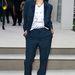 Rita Ora a Burberry bemutató előtt férfias szettben.