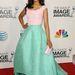 Kerry Washington a 44. NAACP Image Awards-on szintén februárban, Oscar de la Rentában.