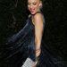 Gwen Stefani is ennek egy ezüst változatát választotta egy jótékonysági gálára.