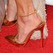 A hegyesorrú aranycipőt számos híresség választotta a vörös szőnyeges eseményekre, például Alessandra Ambrosio is.