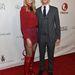 Heidi Klum térdcsizmában pózol Neil Patrick Harrisszel.