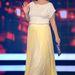 Drew Barrymore a lehető legrosszabban öltözött fel: az állapotos színésznőt pont hasrészen vágja ketté a fehér-sárga, tüllös Vionnet ruha.