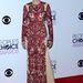 Stana Katic kanadai  film- és tv-színésznő Naeem Khan estélyije szép darab, csak épp neki áll rosszul.