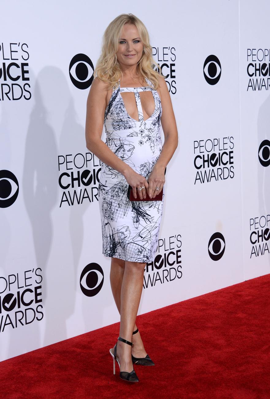 Nálunk és az E! Online-nál is Melissa Joan Hart lett az est legrosszabbul öltözöttje. Ruhája márkáját sajnos titkolják, fülbevalója Swarovski, táskája Oroton márkájú - írja Perez Hilton.