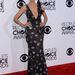 Heidi Klum mély dekoltázsa miatt elnyerte Perez Hiltontól az est legjobban öltözöttje címet, mi fanyalgunk. Egyszerűen túl sokat mutat ez a Giorgio Armani ruha.