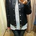 A Mangóban valódi bőrből készült dzsekiket is találni, ez nem az, így döntse el, hogy jó vásár-e 21995 Ft helyett 9995 Ft-ért.