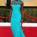 Lupita Nyong'o, a 12 év rabszolgaság színésznője divatikonná vált. Ezen az eseményen a Gucci ruháját viselte.