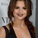 A kamaszlányok valószínűleg Selena Gomez után kaptak rá a gót színre.