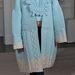 Fokozott érdeklődést mutat a futurisztikus anyagok iránt, szívesen kombinálja a szilikont kötött ruházattal.