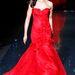 Gina Torres Marchesa-ruháján imádjuk a rózsákra hajazó oldaldíszítést és a kevésbé kedvelt tüllszoknyát is elnézzük.