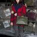 Kaya Scodelariot sem gátolja meg a hideg abban, hogy megmutassa hajkoronáját.