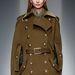 Az elmaradhatatlan military kabát.