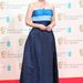 Gillian Anderson egy vintage Balmain ruhát választott.