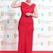 Emma Thompson alakformáló fehérnemű nélkül is bevállalta a piros ruhát.