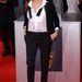 Jolie talpig Saint Laurent-ben mutatta meg, hogyan kell a maszkulin stílust szexisen viselni.