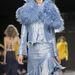 Az asszimetrikus szoknya elképzelhetetlen,hogy divatba jöjjön 2014-ben.