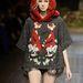 Meglepő, de ez a rókás pulóvert a Dolce & Gabbana küldte kifutóra.