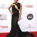 Regina King, az Agymenők, a Terepen és rengeteg más film 43 éves színésznője a vasárnap Pasadenában rendezett NAACP Image Awardson eléggé kitett magáért.