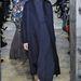 Dench stlíusérzéke csalhatatlan, ez a tavaszra tervezett Valentino Haute Couture szett illene is hozzá.