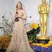 Cate Blanchett, a 86. Oscar gálán Armani Privé ruhában vette át a legjobb női színésznőnek járó szobrot.