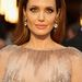 A Red Carpet Fashion Awards szerint szebb sminket is kaphatott volna Jolie, de a gyémánt szépen csillog.