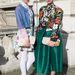 Londoni divathét: Úgy tűnik, hogy Maddy Killick és Naomi Rowland, a két divatblogger is rajong a virágmintákért és a vintage(hatású) darabokért.