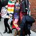New York-i divathét: A modellként dolgozó Charlotte Free stílszerűen Jeremy Scott ruhában érkezett Jeremy Scott bemutatójára.