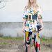 Párizsi divathét: Megan Gray is kitett magáért. Ő a Céline bemutatójára igyekezett ebben a feltűnő összeállításban.