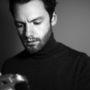 Jonathan Daniel Pryce, a fotós.
