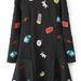 Az apró mintákkal díszített, skater-szoknyában végződő ruhák nagyon divatosak lesznek idén. Romwe, 40 dollár, 8900 forint.