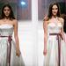 Derékban elvágott, selyem menyasszonyi ruhákat is bemutatott a tervező.