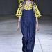 A normcore-t felfedezte a művész- és divatvilág, a divathéten pedig kicsit más értelmezésben, de minden bizonnyal szándékosan megjelent a kifutókon a különcködésre nem törekvő, semmilyen öltözet. Ashley Williams show.