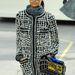 De Lagerfeld szerint divatba jön a bevásárlókosár is.
