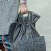 A hátizsákszerű forma marad a Chanelnél.