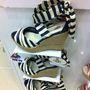 Office Shoes: Újdonság az UGG szandál 39990 forintért.
