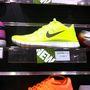 Players Room: 27999 Ft a Nike Free 5.0. Nőiben nincs fekete színű, ez van.