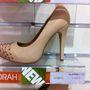 Players Room: 12999 Ft (8999 Ft). Miért gyártanak ilyen cipőket, és miért van rájuk kereslet???