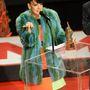 Lily Allen a londoni székhelyű Hockley egyik zöld róka kabátjában jelent meg a NME Award-on.