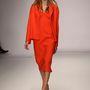 Jasper Conran nude színű cipővel képzelte el a  narancssárgát.