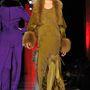 Párizsi divathét, Jean-Paul Gaultier Haute-Couture show, 2012. július. Kondás egyre több munkát kap.