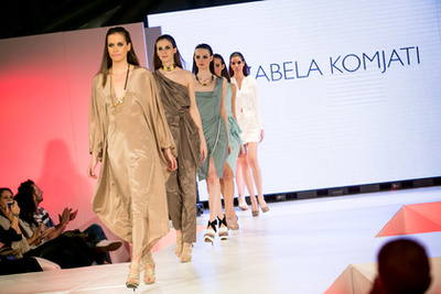 Izabela Komjati