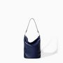 Jól kihasználható zsák fazonú táska, Zara, 7995 forint.