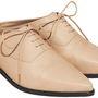 Cipők is lesznek, ez például 19990 forintért.