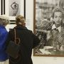 A hetvenes évek óta ikonikus fotósnak számító Lindbergnek két kiállítása is lesz évben.
