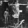 1930, London: felháborító meztelenség a kirakatban.