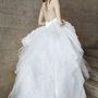 Hercegnős esküvői ruhából sincs hiány Wang kollekciójában.