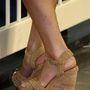 12. nap, április 18.: Stuart Weitzman szalmatalpú cipő. Már 2012-ben is hordta a hercegné.