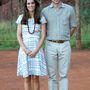 16. nap, április 22.: Aznapra is jutott egy átöltözés Katalinnak, Hobbs ruhát visel, amiben korábban már ping-pongozott Harry herceggel. Ez a mezőny legolcsóbb ruhája, csak 35 fontba került anno, azaz 13 ezer forintba.