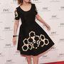 A 67 éves Susan Sarandon nagyon boldog volt kémiai kötéseket mintázó ruhájában, melyet a 'For the Love of Cinema' című gálavacsorára vett fel. Megértjük, jól állt neki.